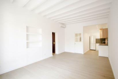Apartamento nuevo a estrenar de 2 dormitorios y 2 baños en Plaza la Reina