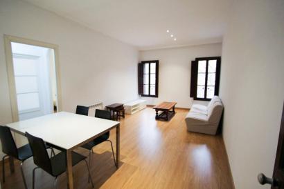 Casco Antiguo, apartamento amueblado en zona Borne.