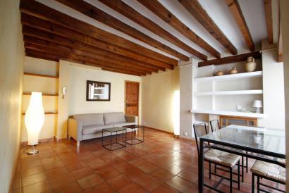 Apartamento amueblado con terraza en zona Catedral Palma