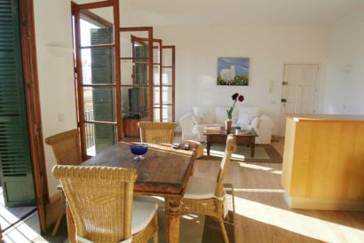 Old Town, furnished apartment next to calle Colom