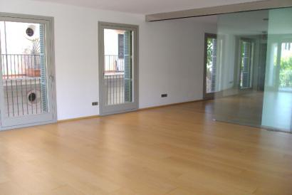 Old Town   luxury 3 bedrooms apartment, 3 bathrooms, unfurnished, garage, Palma.