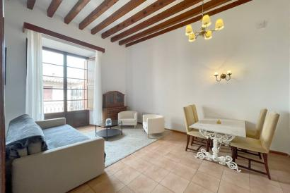 Furnished apartment with balcony and one bedroom, Borne area, Palma.