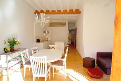 Altstadt Wohnung mit eleganten Stil eingerichtet