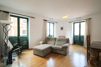 Apartamento amueblado de 2 dormitorios con ascensor en el centro histórico, Palma