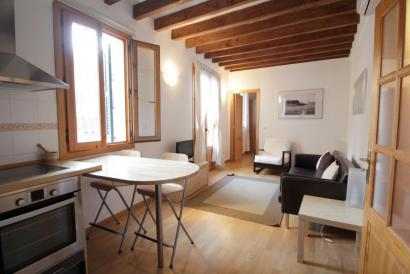 One bedroom furnished apartment, Calle Colon area, Old Town, Palma