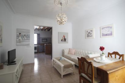 Apartment furnished in the Ramblas area