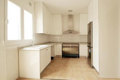 Apartamento sin muebles de dos dormitorios en zona Olmos, Palma