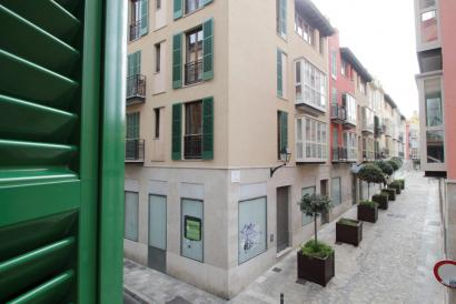 Apartment with balcony in Old Town Palma