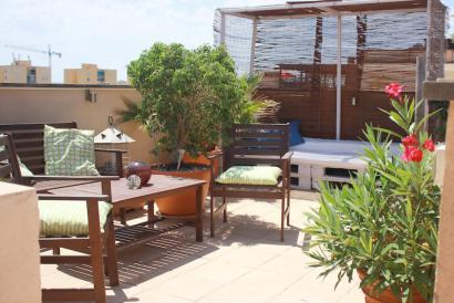 Nice penthouse with private terrace in Portixol, Palma.