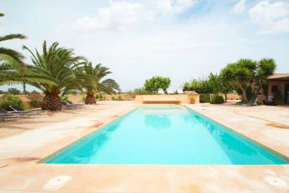 """Casa de campo con piscina en """"Ses Covetes"""" Campos"""