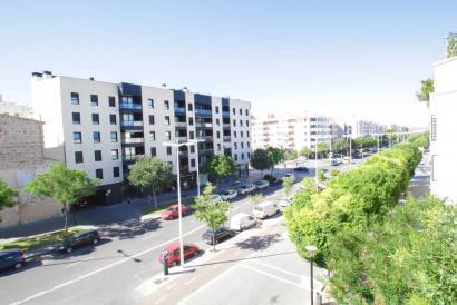 Bright apartment in the Parc de Ses Estacions