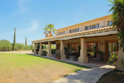 Agritourism hotel for sale in Lloseta