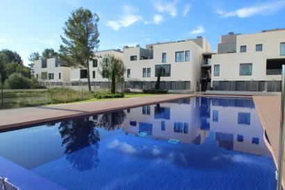 Son Quint - Son Vida unfurnished 3 bedrooms flat with terrace and pool.