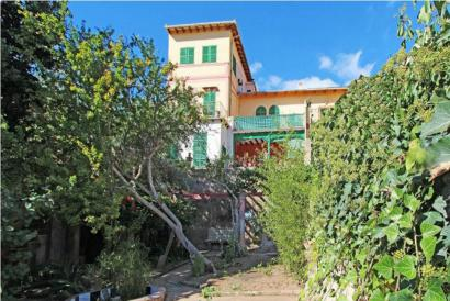 Villa in El Terreno Palma with garden and sea view