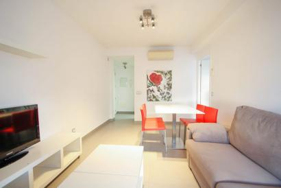 Super furnished apartment with lift in Plaza España area, Palma