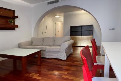 Apartamento amueblado con ascensor, dos dormitorios, Casco Antiguo de palma