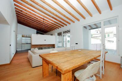 Ático de tres dormitorios con terraza y posibilidad de parking, en zona Ramblas, Palma