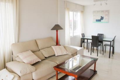 Two bedroom apartment with terrace, garage and pool in Porto Pí, Palma
