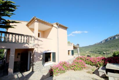 Unfurnished house with pool and spectacular views, Valldemossa