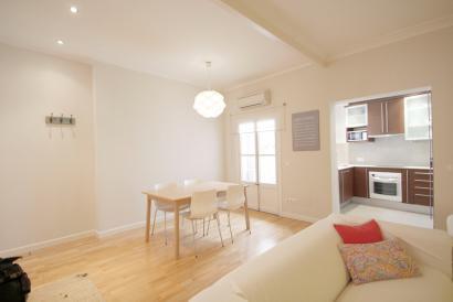 Coqueto apartamento con 2 dormitorios en el centro de casco antiguo