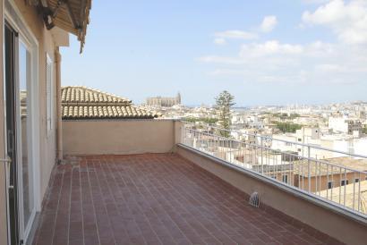 Apartamento  sin amueblar en Casco Antiguo de Palma con terraza y vistas