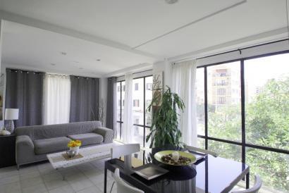 Apartamento amueblado de dos dormitorios y ascensor en Santa Catalina.