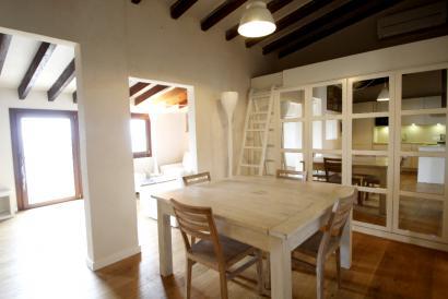 Apartamento amueblado de un dormitorio en primera linea de mar, Portixol