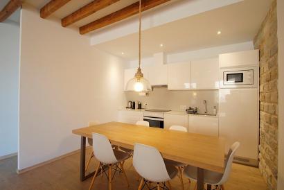 Elegante Wohnung mit zwei Schlafzimmern in Plaza Quadrado, Palma.