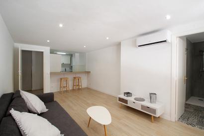 Apartamento amueblado de 1 dormitorio en Plaza Mayor, Palma,  gastos incluidos.