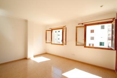 Apartamento de dos dormitorios, en zona Es Fortí, Palma