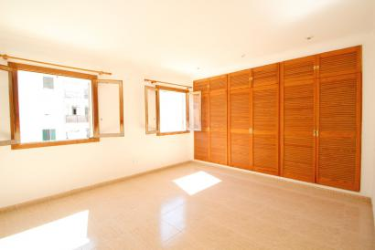 Two bedroom apartment in Es Fortí area, Palma