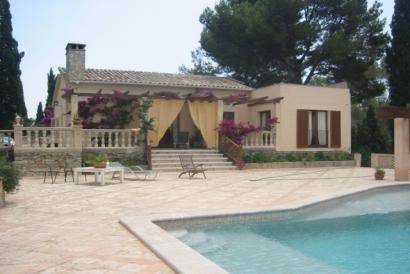 Casa amueblada de 2 dormitorios con piscina y jardín, Calviá