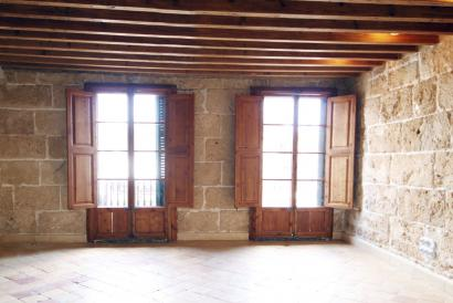 ático reformado de 4 dormitorios y terraza comunitaria, Casco Antiguo Palma