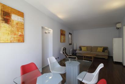 Elegante apartamento amueblado de un dormitorio en Casco Antiguo, Sant Feliu