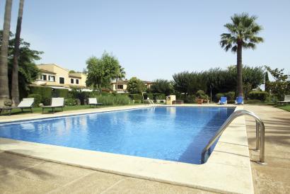 Fantastica casa adosada sin amueblar, 4 dormitorios en Sa Teulera de Palma.