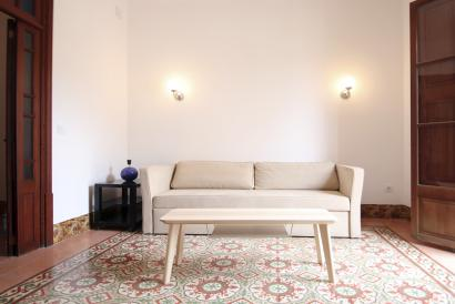 Furnished apartment, 3 bedrooms, 2 bathrooms and terrace, Plaza del Obelisco.
