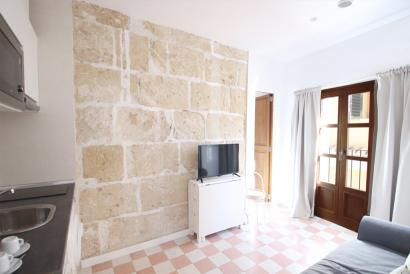 Bright and brand new one-bedroom apartment in La Lonja, Palma Old Town.