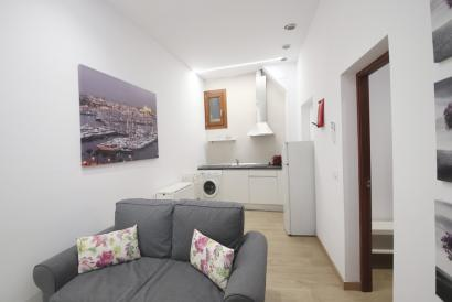 Cozy and brand new one-bedroom furnished apartment in La Lonja, Palma Old Town.