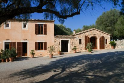 Bonita casa de campo de 4 dormitorios con jardín y piscina cerca de Porto Cristo
