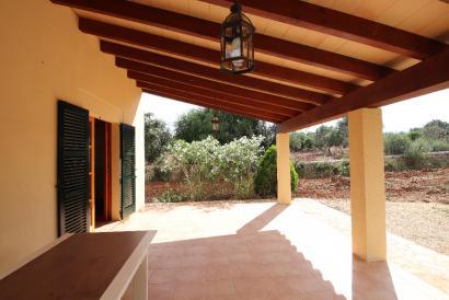 Finca mit drei Häusern und Touristenlizenz in Costitx