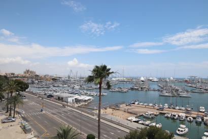 Apartamento con terraza en primera línea de mar en Paseo Marítimo de Palma