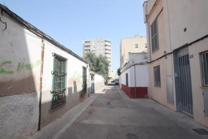Building plot  next to  Calle Aragón 5 minutes from the centre of Palma.