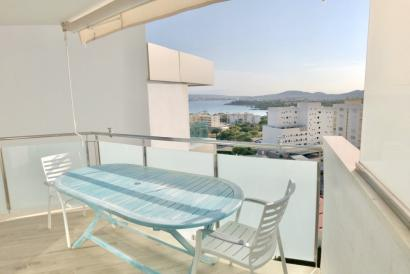 Furnished 1 bedroom apartment with terrace and sea views, Portals Nous, Calvia.