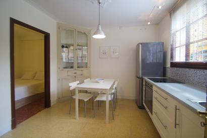 Furnished 1 bedroom apartment with balcony in Santa Catalina, Palma.