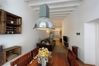 Furnished apartment with gazebo and high ceilings, 1 bedroom, Old Town, Palma.