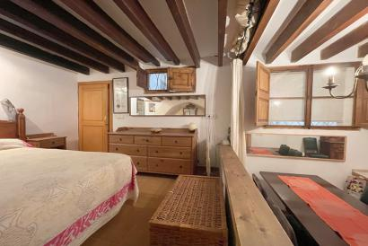 Apartment, loft type of 60 m², in the Old Town of Palma.